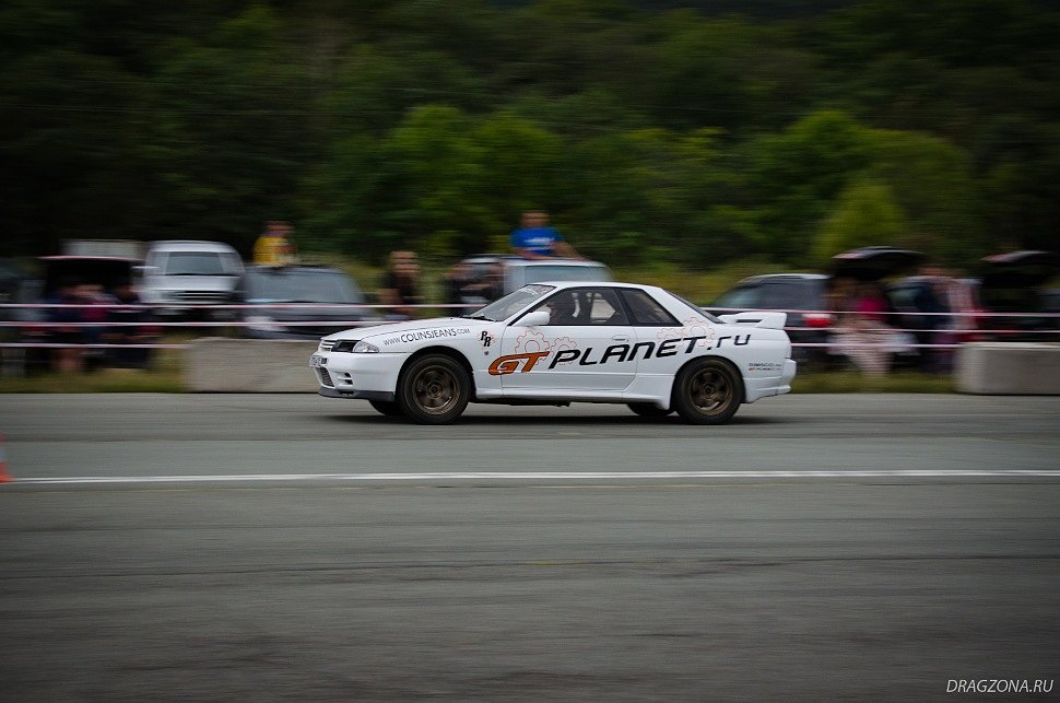 Nissan Skyline BNR32 (GT PLANET)